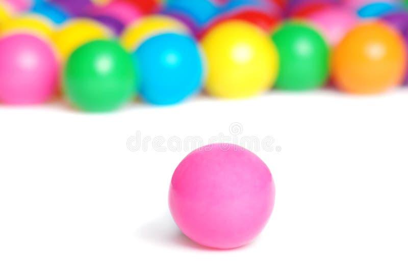 Esfera de goma cor-de-rosa imagens de stock royalty free