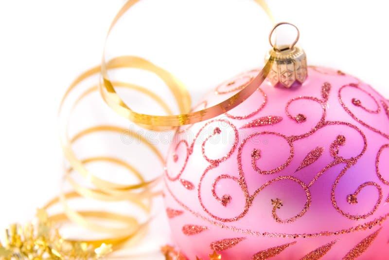 Esfera de vidro do Natal cor-de-rosa foto de stock royalty free