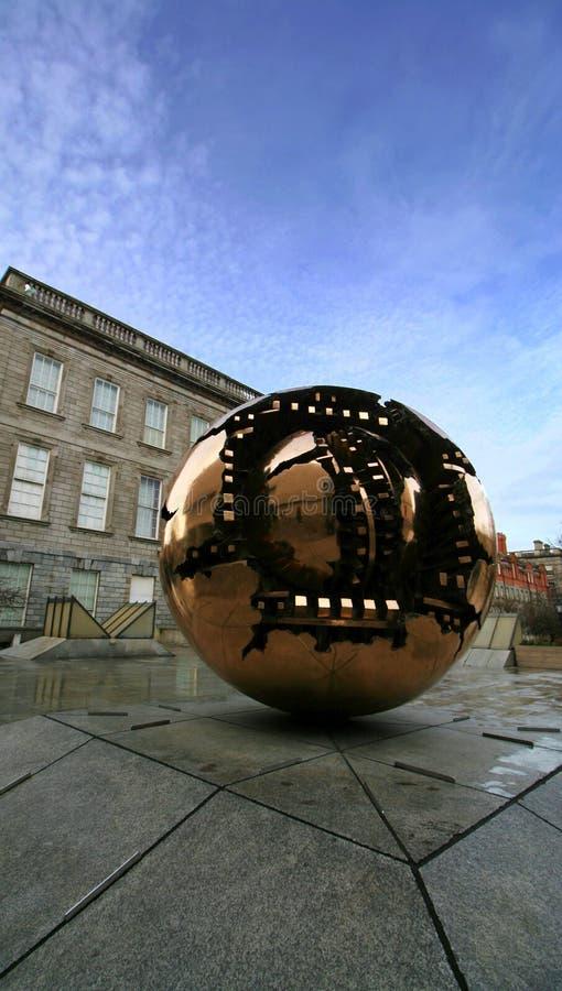 Esfera dentro de una esfera imagen de archivo libre de regalías