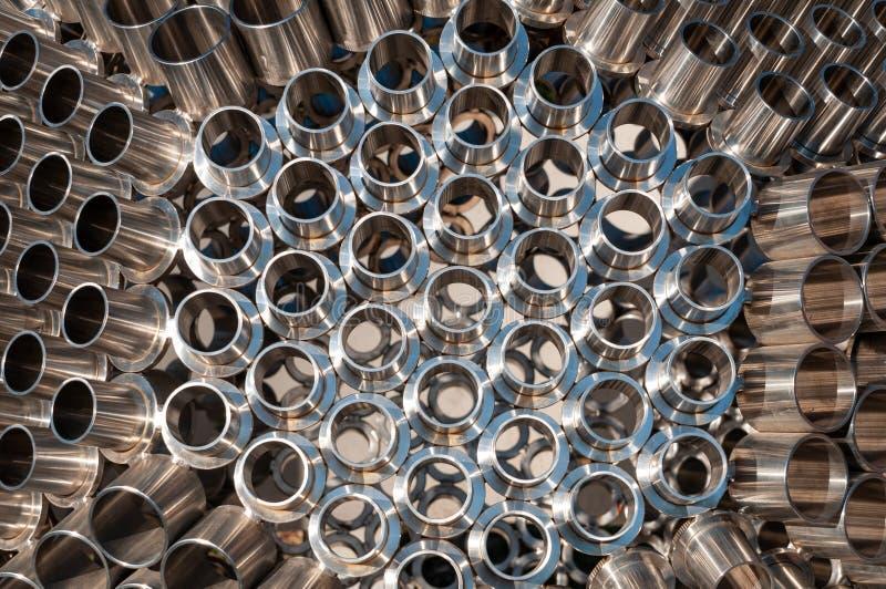 Esfera hexagonal de acero en el parque fotos de archivo libres de regalías