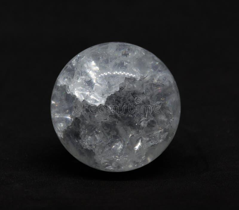 Esfera transparente del hielo imagen de archivo