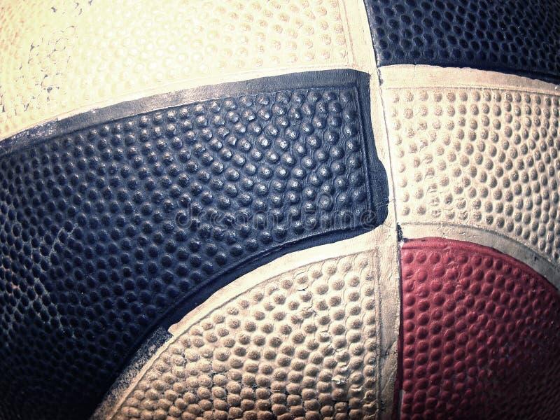Esfera velha do basquetebol fotografia de stock