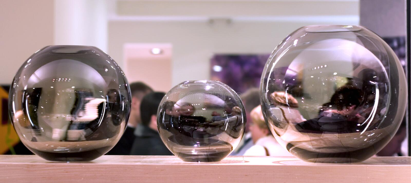 Esferas de vidro (decorações interiores) imagens de stock