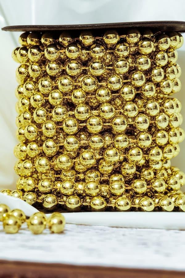 Esferas douradas imagem de stock royalty free