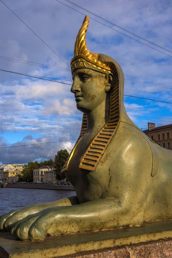 Esfinge da terraplenagem de Fontanka imagens de stock royalty free