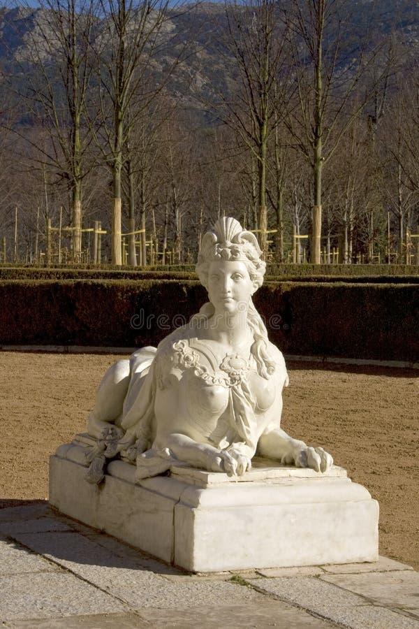 Esfinge de mármore nos jardins de Royal Palace de San Ildefonso imagem de stock