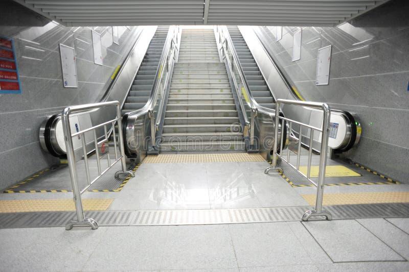 eskalatorów nieba światła metafora zdjęcia stock