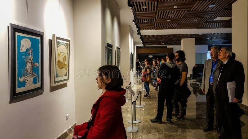 Eskisehir, die Türkei - 4. März 2017: Leute in zeitgenössischem Art Ga stockbild