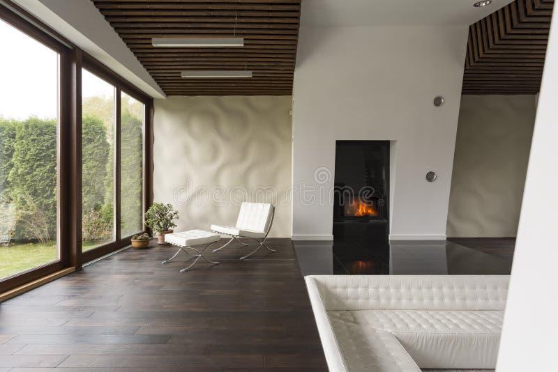 Espaço de uma casa moderna imagem de stock