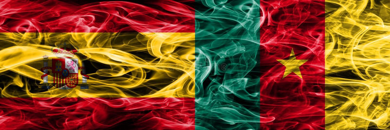 España contra las banderas del humo del Camerún colocadas de lado a lado Coloreado densamente imágenes de archivo libres de regalías