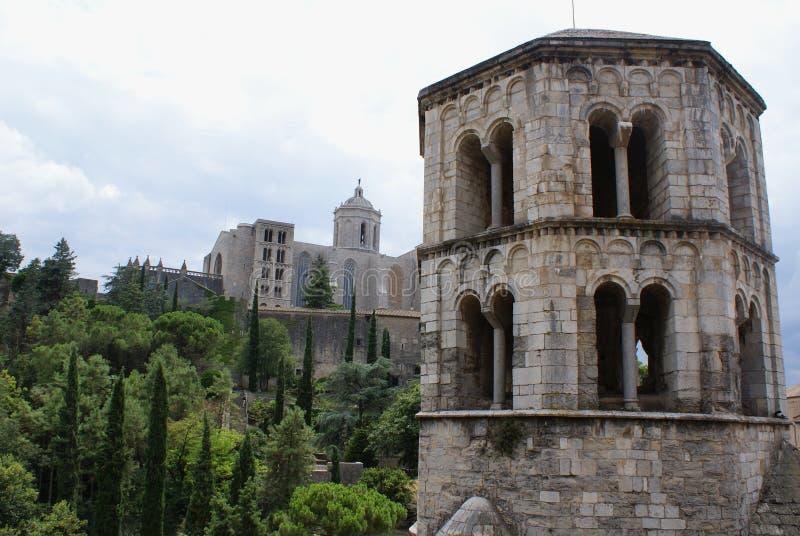 España la ciudad de Girona Una vista de la catedral fotos de archivo libres de regalías