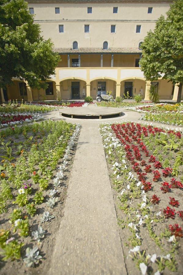 Espace Van Gogh, kulturalny centrum dedykował Vincent Van Gogh przy szpitalem Arles, Francja dokąd odzyskiwał zdjęcie stock