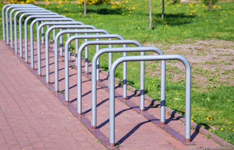 Espacio de estacionamiento para las bicicletas