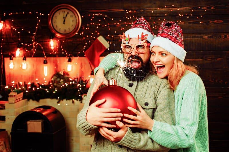 Espacio de la copia del texto de la bomba Venta del A?o Nuevo Venta de la Navidad concepto de las vacaciones de invierno y de la  foto de archivo libre de regalías