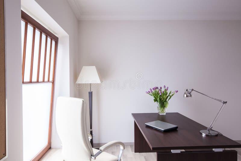 Espacio de trabajo en casa fotografía de archivo