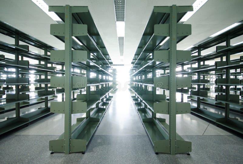 Espacio en blanco de la biblioteca imagen de archivo libre de regalías