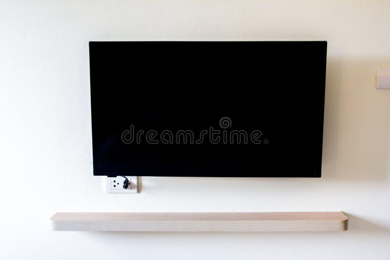 Espacio en blanco negro de la pantalla de la televisión del LED TV fotografía de archivo libre de regalías