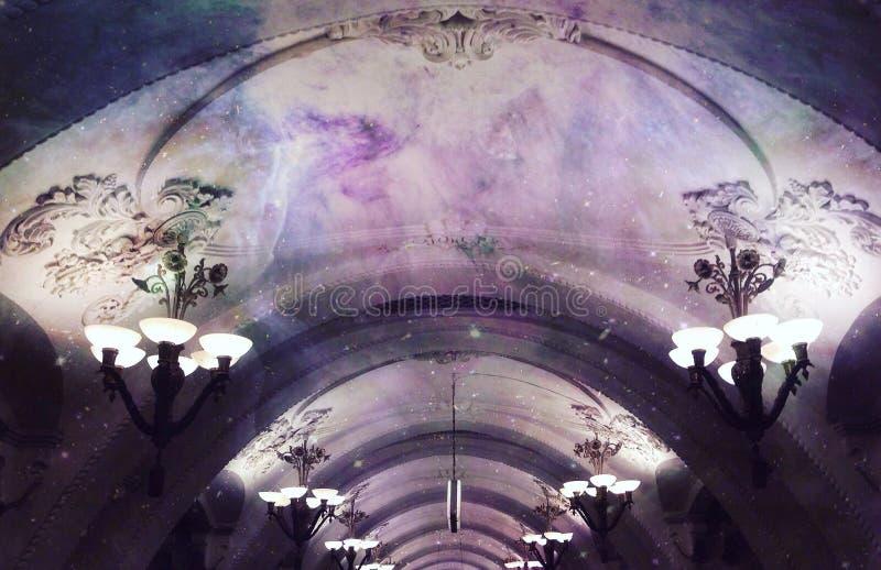 Espacio en metro imagenes de archivo