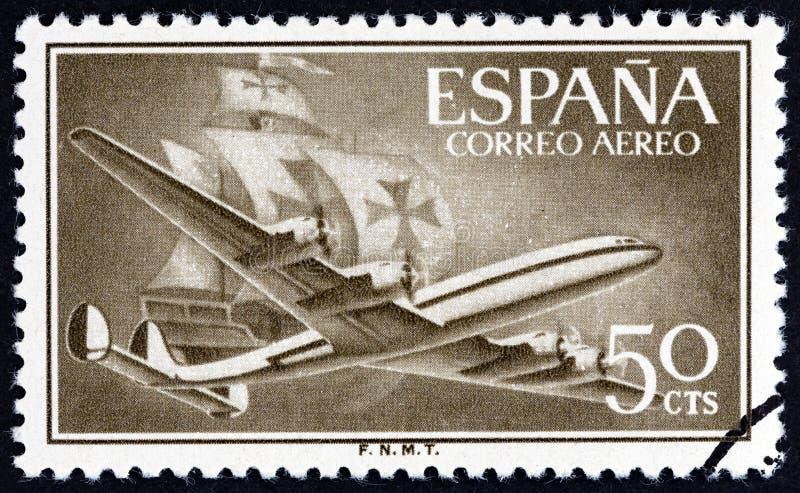 ESPAGNE - CIRCA 1956: Un timbre imprimé en Espagne montre les avions Air Lockheed L-1049 Super Constellation et Caravel, vers 195 photographie stock