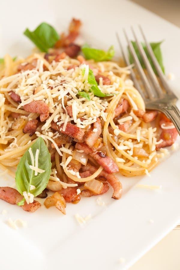 Espaguete do bacon do alho fotos de stock