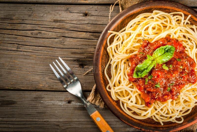 Espaguetes com molho do marinara imagens de stock
