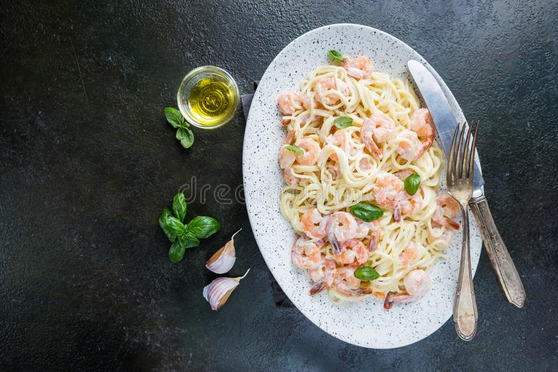 Espagueti italiano de las pastas fotografía de archivo