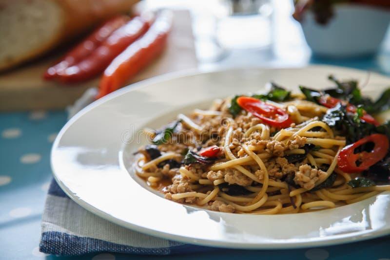 Espaguetis con cerdo picadito fotos de archivo libres de regalías