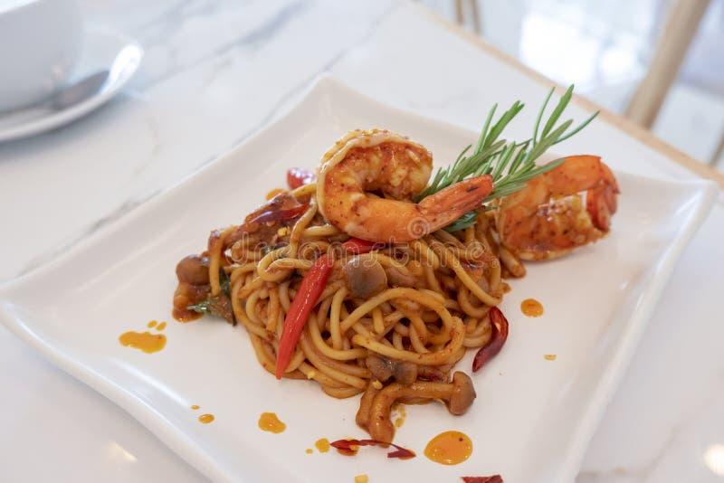 Espaguetis del camar?n imágenes de archivo libres de regalías