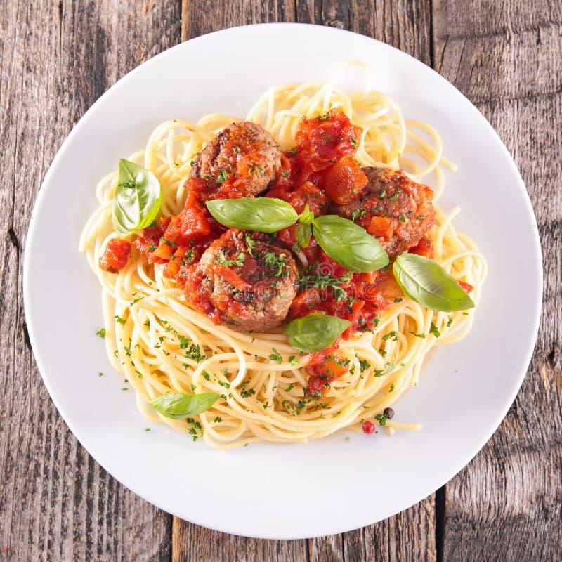 Espaguetis y albóndigas foto de archivo libre de regalías