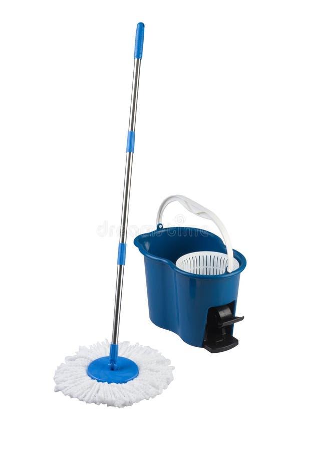 Download Espanador De Limpeza E Cubeta Azul Foto de Stock - Imagem de brilho, arrumado: 29830196