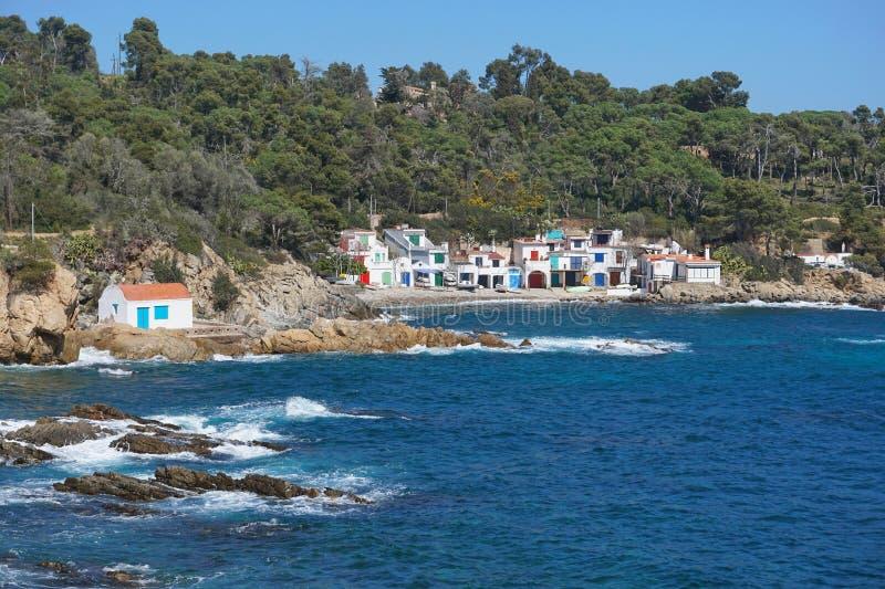 Espanha velha das casas dos pescadores da paisagem litoral imagem de stock