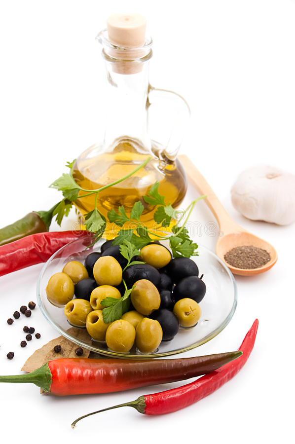 Especiarias e petróleo verde-oliva foto de stock