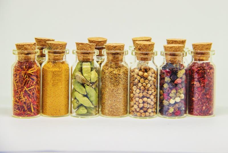 Especiarias no vaso de vidro imagens de stock