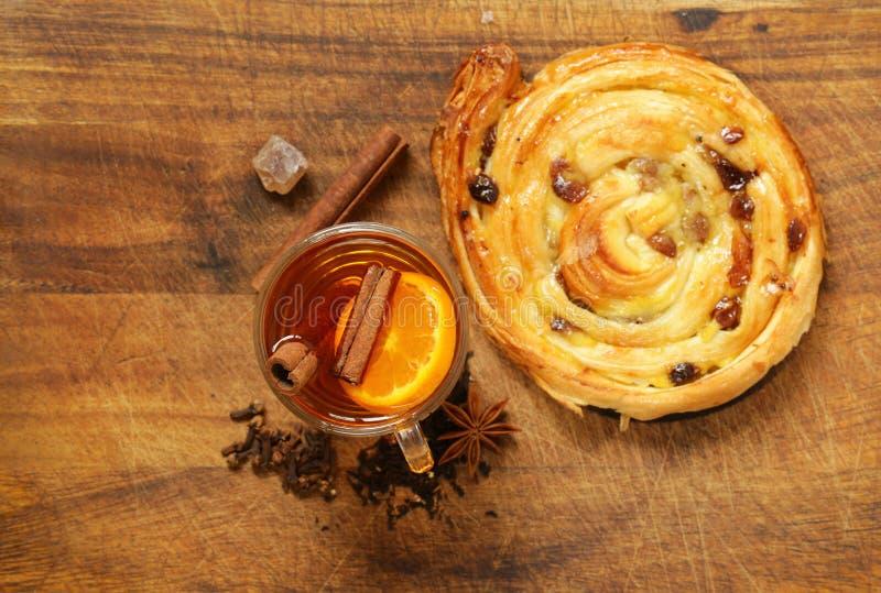 Especiarias para o chá do inverno - canela, anis foto de stock royalty free