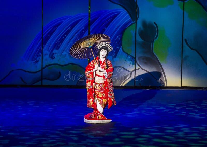 Espectáculo de Kabuki en las fuentes de Bellagio imagenes de archivo