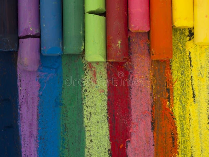Espectro de creyones artísticos imagen de archivo