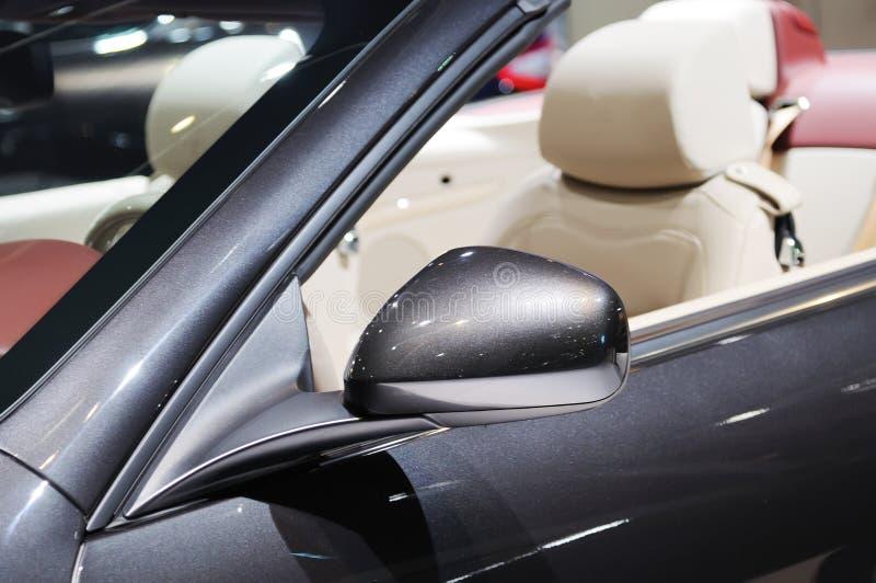 Espejo de ala del coche fotos de archivo libres de regalías