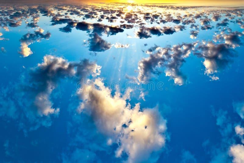Espejo del agua imagen de archivo