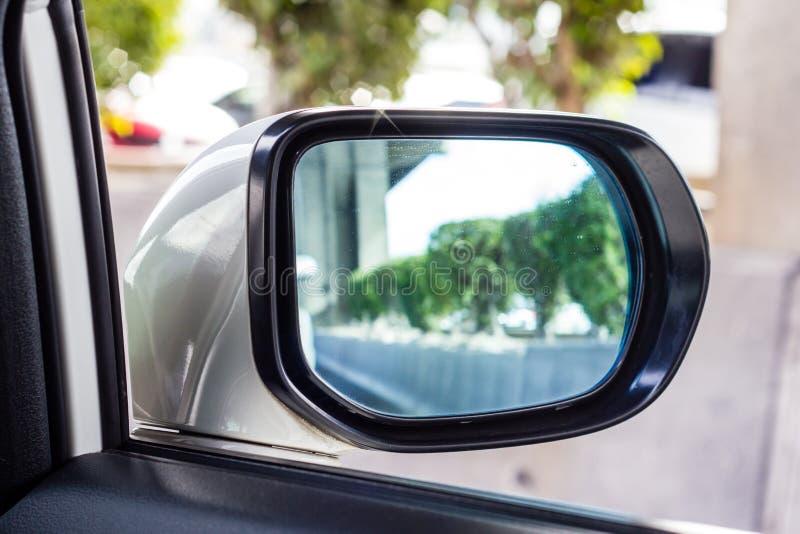 Espejo del coche fotografía de archivo