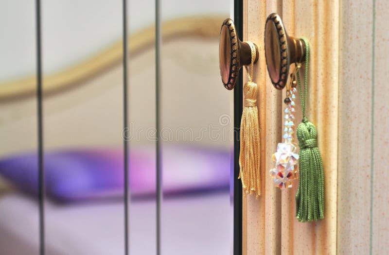 Espejo del dormitorio foto de archivo libre de regalías