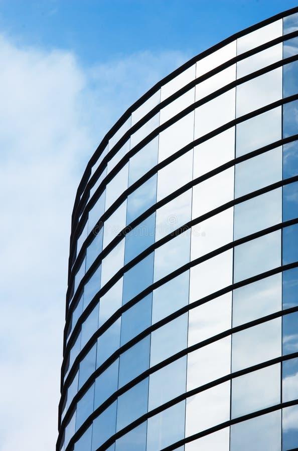 Espejo del edificio de oficinas fotos de archivo