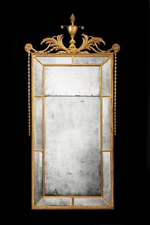 Espelho retangular antigo dourado com vidro original imagem de stock