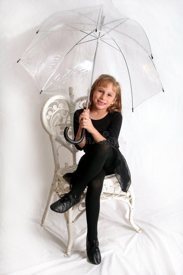 Esperar la lluvia imagenes de archivo