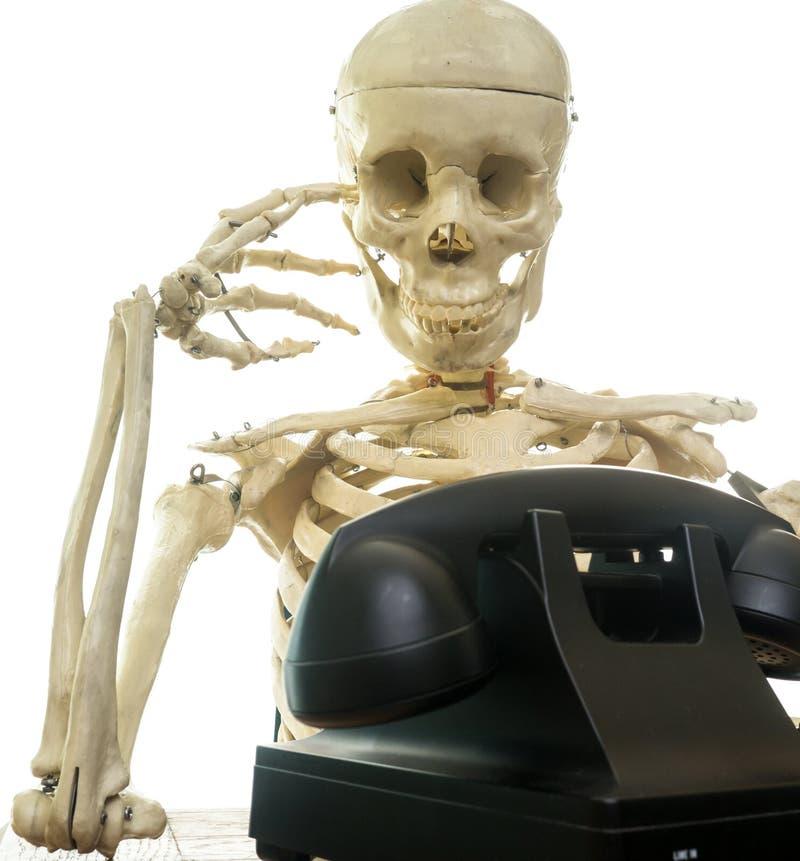Esperar una llamada de teléfono fotografía de archivo