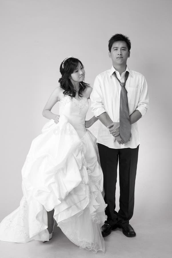 Espiègle wed les couples 1 photo stock