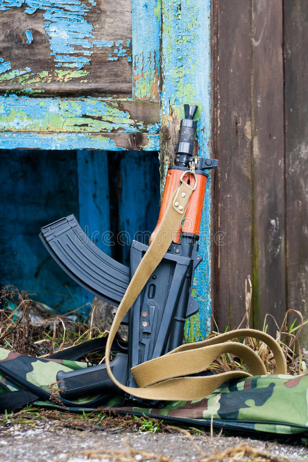 Espingarda de assalto AKS-74U do Kalashnikov fotografia de stock
