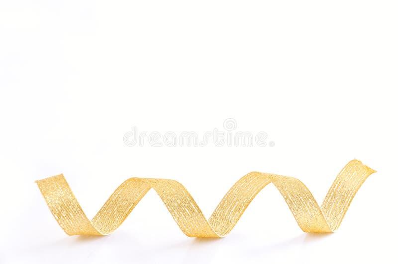 Download Espiral de oro de la cinta foto de archivo. Imagen de golden - 7151886