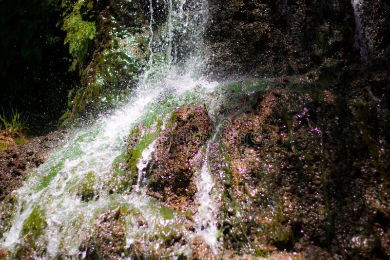 Espirro da cachoeira imagens de stock royalty free