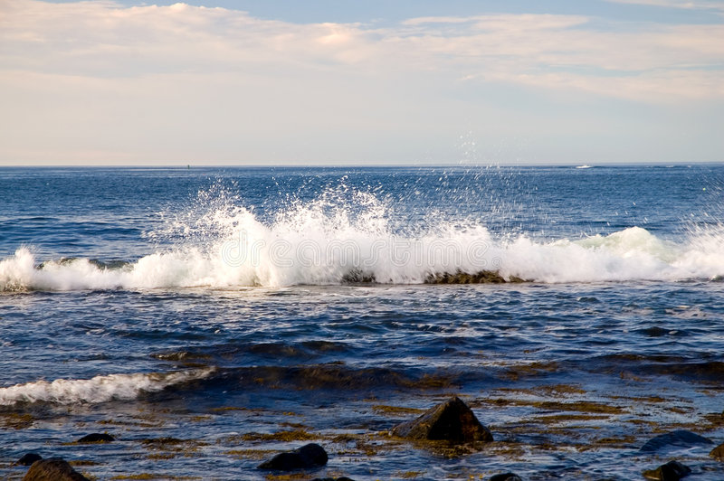 Espirro da onda de oceano imagem de stock royalty free