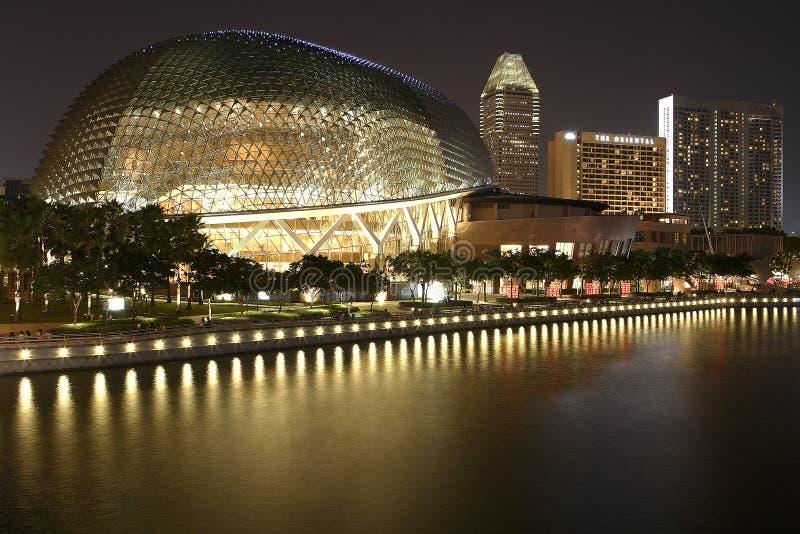 Esplanada - teatros na baía, Singapura imagens de stock royalty free